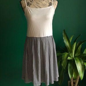 [Gap] Striped white and blue dress